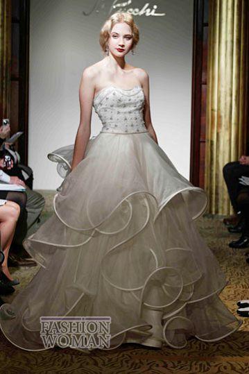 svadebnie platya st pucchi spring 2012 bridal shows 31