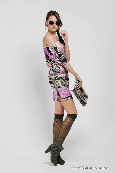 Модное короткое платье от Дизель