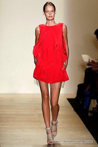 маленькое красное платье от Мax Аzria