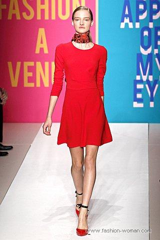 маленькое красное платье от DKNY весна-лето 2011
