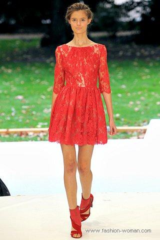 гипюровое красное платье от Еrdem