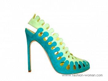 замшевые туфли от Manolo Blahnik весна-лето 2011