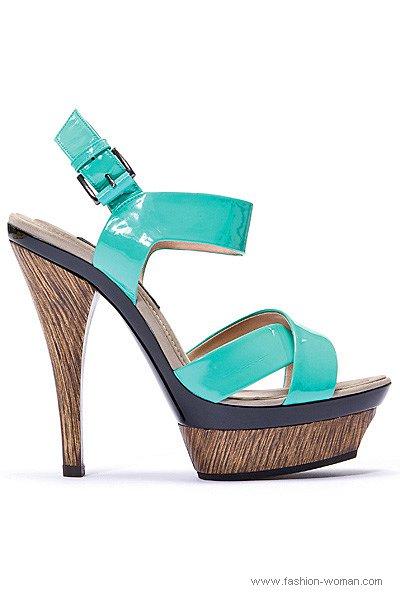 летняя обувь Barbara Bui 2011