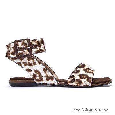 модная летняя обувь на плоской подошве