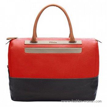 красная сумка от Фурла