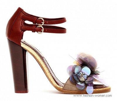 нарядные босоножки от Nina Ricci