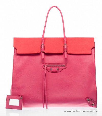 розовая сумка от Balenciaga
