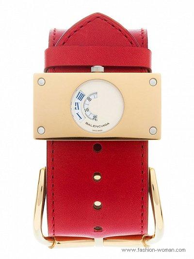 модные часы от Balenciaga
