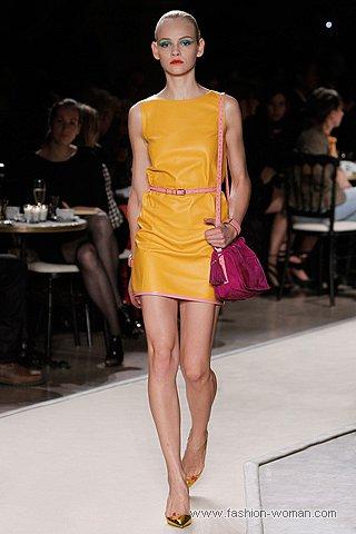 модное платье из кожи весна-лето 2011