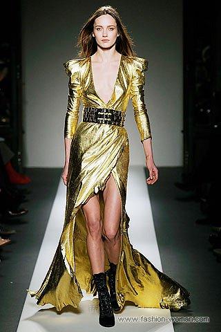 Вечернее платье от Balmain
