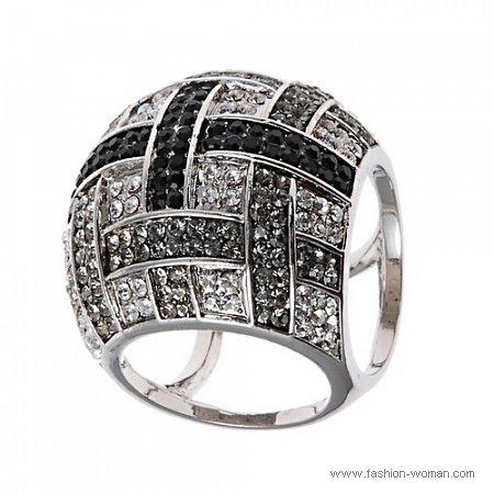 кольцо из белого метала от ALDO