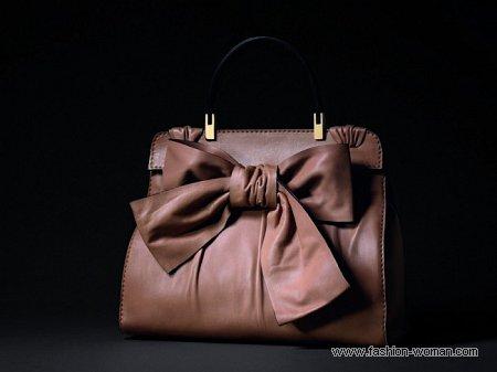 кожаная сумка с бантом от Валентино
