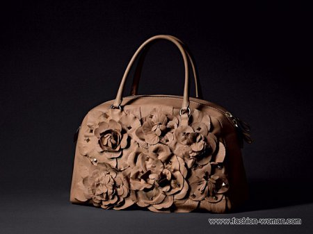 сумка от Valentino