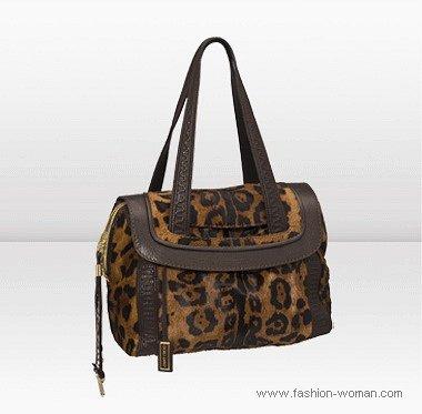 сумка с леопардовым принтом от Джимми Чу