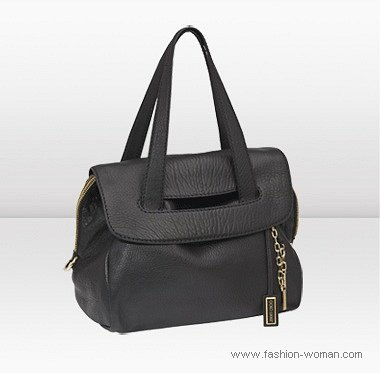 модная черная сумка