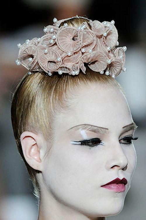 модный аксессуар для волос-резинка