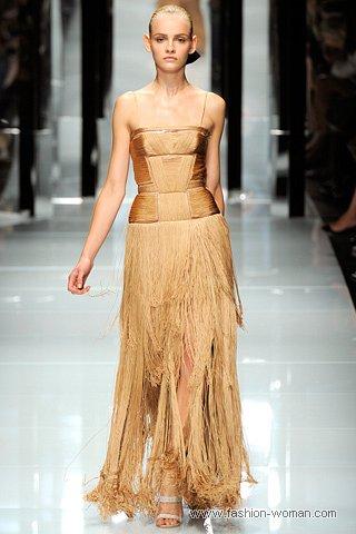 Вечернее платье от Версаче весна-лето 2011