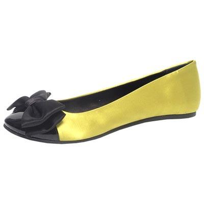 модная обувь от Moschino