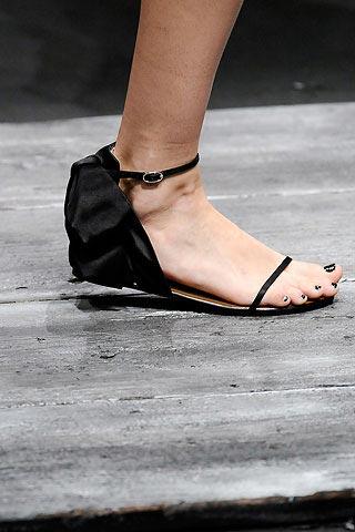 летняя обувь от Валентино