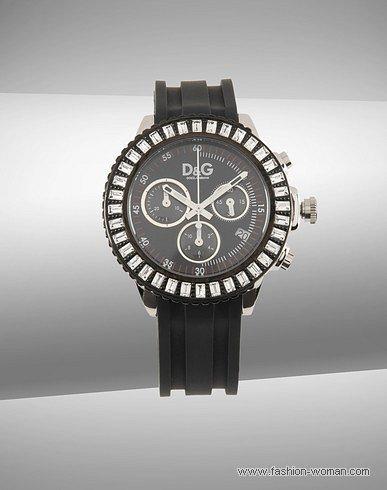 Черные часы от Dolce&Gabbana осень-зима 2010-2011