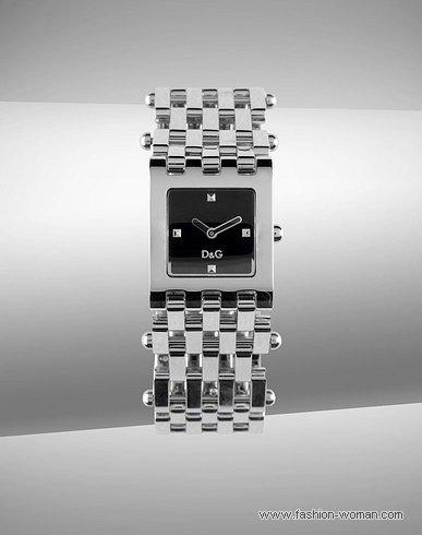 Квадратные часы от Dolce&Gabbana