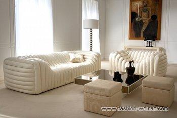 Модный диван от Версаче