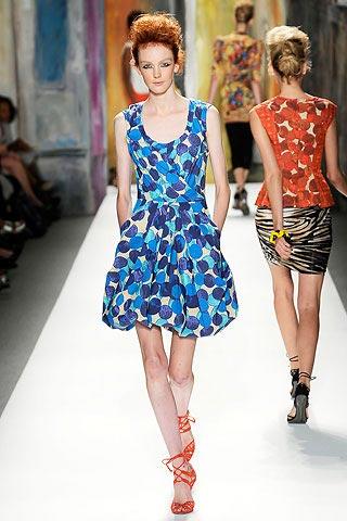 платье в горошек от Tracy Reese