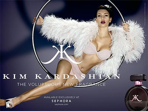 В женских духах есть дух женственности Kim_kardashian_perfume