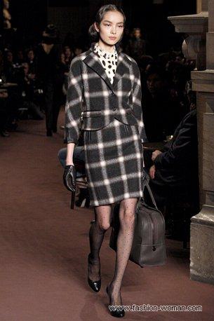 Модный костюм в клетку осень-зима 2010-2011