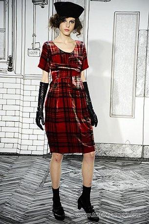 Красное платье в клетку осень 2010