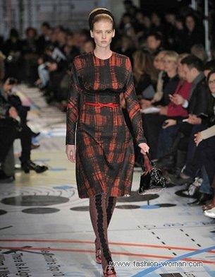 Платье в клетку от Prada