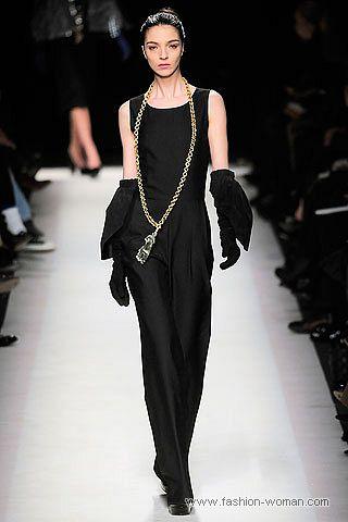 модный комбинезон от Yves Saint Laurent