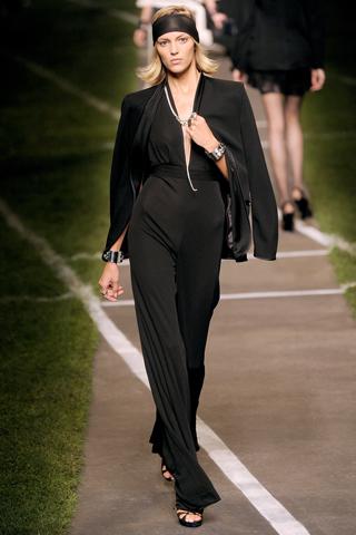 черный комбинезон от Hermès