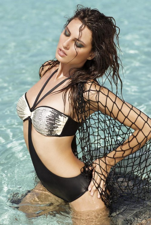 модный купальник нового сезона от Amarea