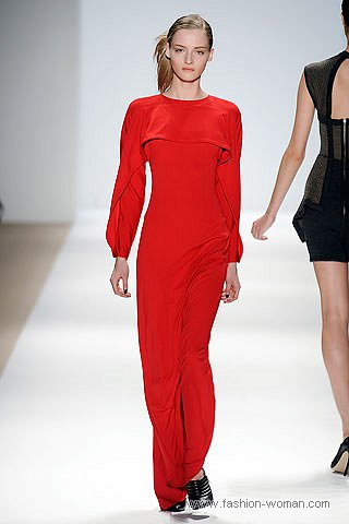 модное красное макси-платье осень-зима 2010-2011