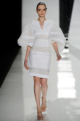 белое платье от Chado Ralph Rucci