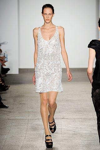 белое платье от Elise Overland