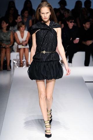 Маленькое черное платье от Gianfranco Ferré