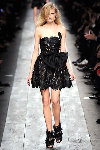 Маленькое черное платье  от Валентино