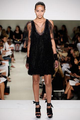 Маленькое черное платье  от Vera Wang