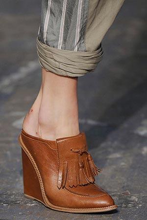 обувь на танкетке от Alexander Wang