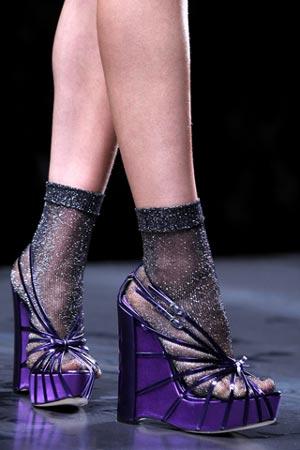 босоножки на танкетке от Christian Dior