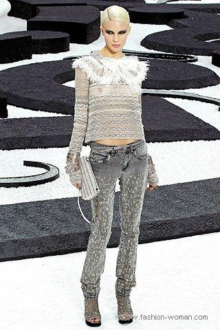 Модные джинсы от  Chanel