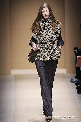 Меховой жилет с леопардовым принтом от Salvatore Ferragamo