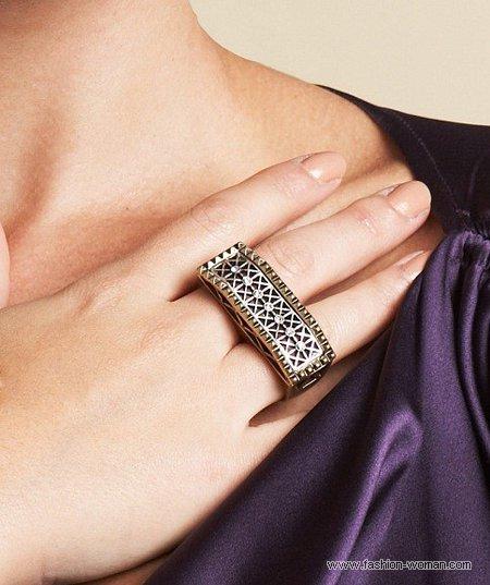 стильное кольцо от Kim Kardashian