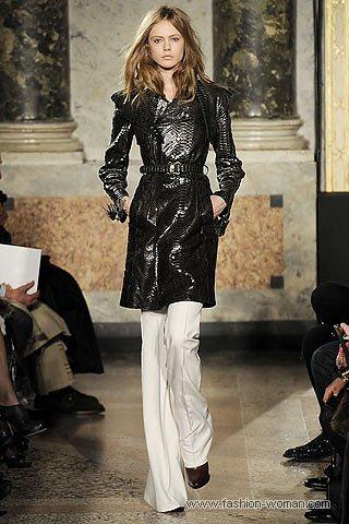 модный плащ от Emilio Pucci осень 2010 фото