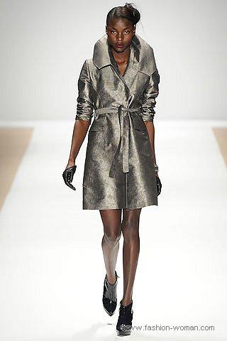 модный плащ от Luca Luca осень 2010