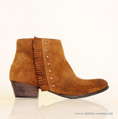 ботинки с бахромой от MANGO
