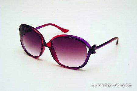 Модные солнцезащитные очки Moschino