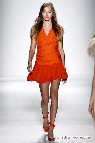 Оранжевый цвет - модный цвет сезона весна-лето 2011
